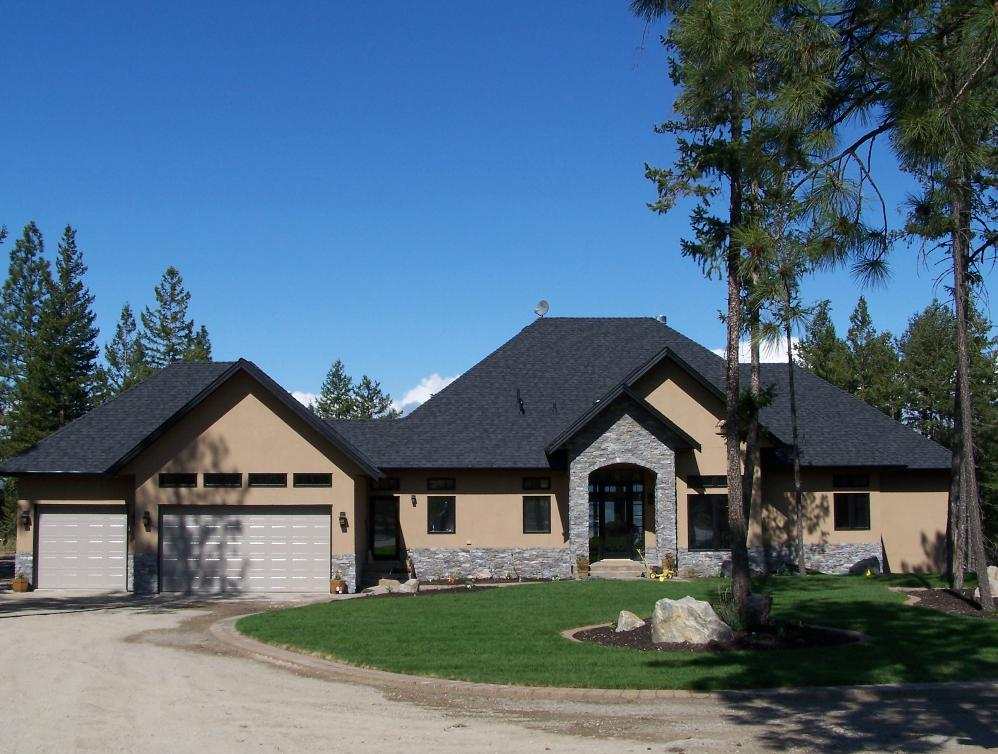 Kelowna Home Builder Manzanita Homes